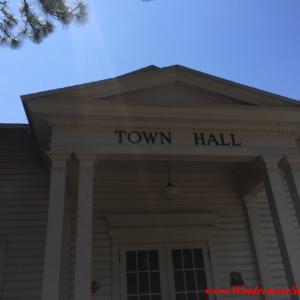 Windermere Town Hall (credit: Wiindermere Sun-Susan Sun Nunamaker)