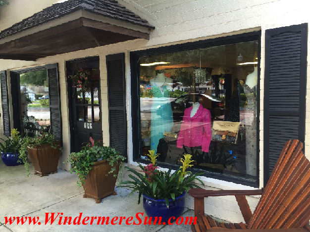 Tres Chic Designer Boutique exterior at Downtown Windermere (credit: Windermere Sun-Susan Sun Nunamaker)