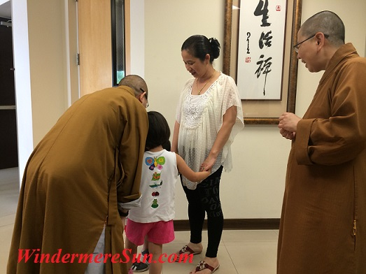 Director of the temple interacting with children/families of the temple (photographed by Windermere Sun-Susan Sun Nunamaker)