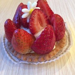 My French Cafe-Strawberry tart