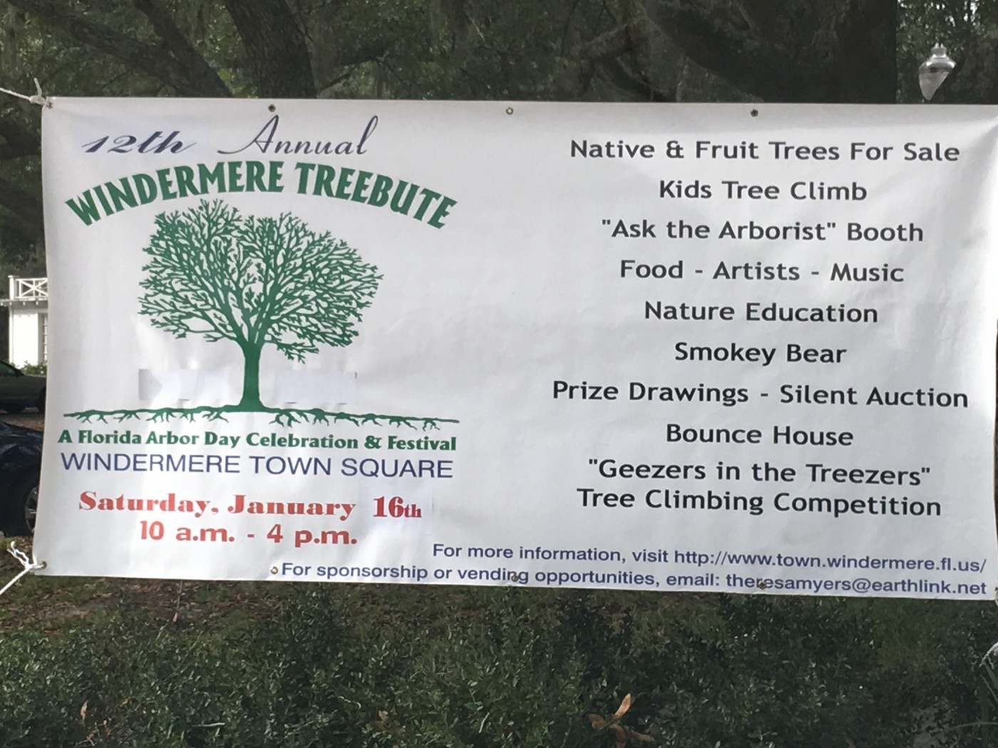Windermere Treebute, Saturday, January 16, 2016, at Windermere Town Square (credit: Windermere Sun-Susan Sun Nunamaker)