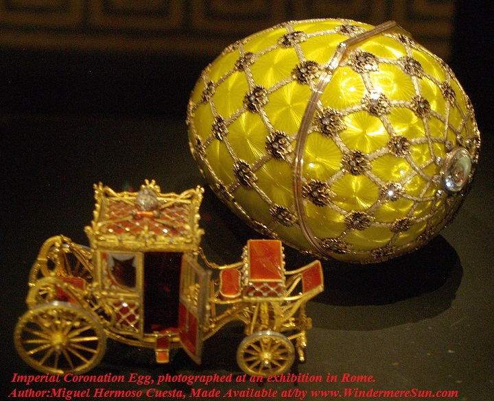 Easter-Fabergé_egg_Rome- Imperial Coronation Egg, photographed at an exhibition in Rome., Author-Miguel Hermoso Cuesta