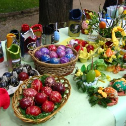 Easter-Traditional_easter_eggs_in_Croatia (Public Domain)