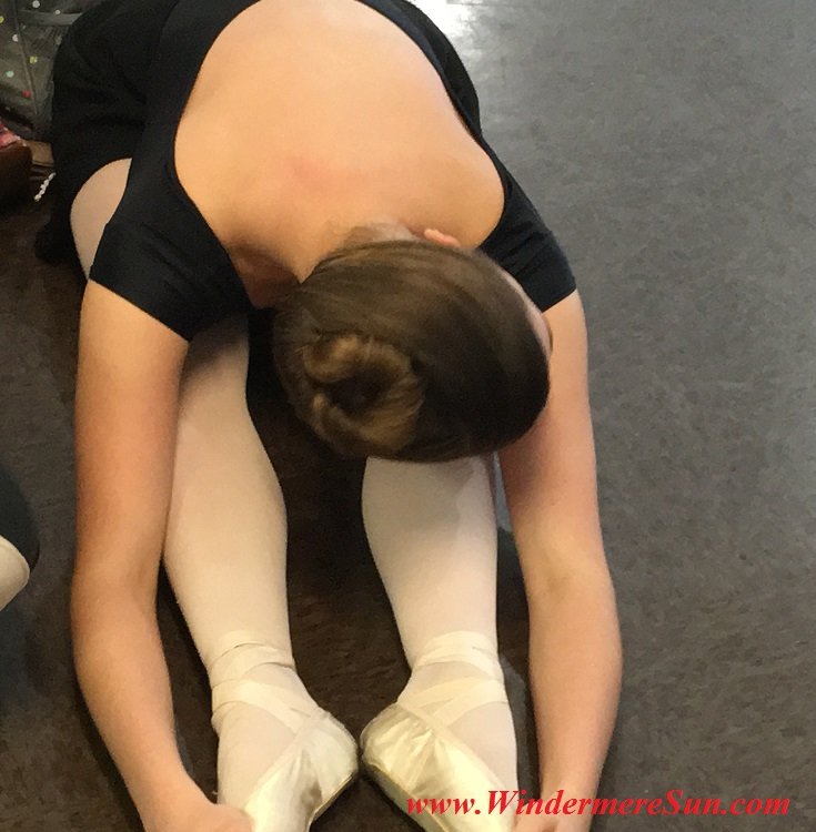 Orlando Ballet School-students of OBS stretching final
