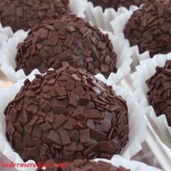 Windermere Farmer's Market-BrigadeiroGo-chocolate (credit: Windermere Sun-Susan Sun Nunamaker)