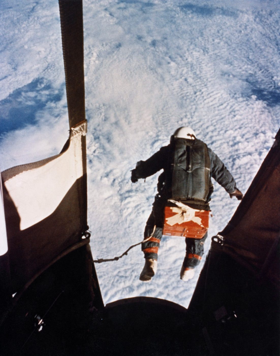 Kittinger's record-breaking skydive from Excelsior III (above).