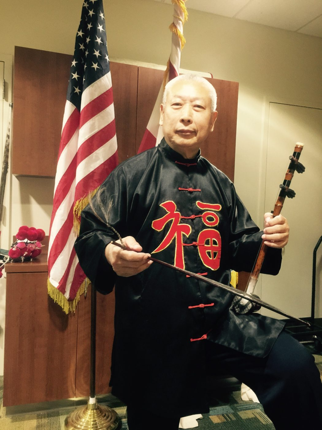 Changkui Tang playing Erhu, Chinese two-stringed fiddle