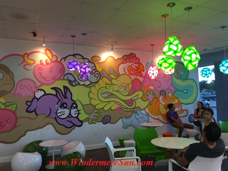 Quickly Boba & Snow-colorful interior (credit: Windermere Sun-Susan Sun Nunamaker)