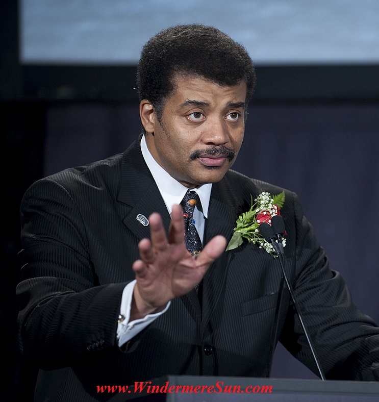 Neil deGrasse Tyson_-_Apollo_40th_anniversary_2009 PD final