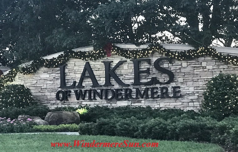 holiday-lights-at-lakes-of-windermere-final