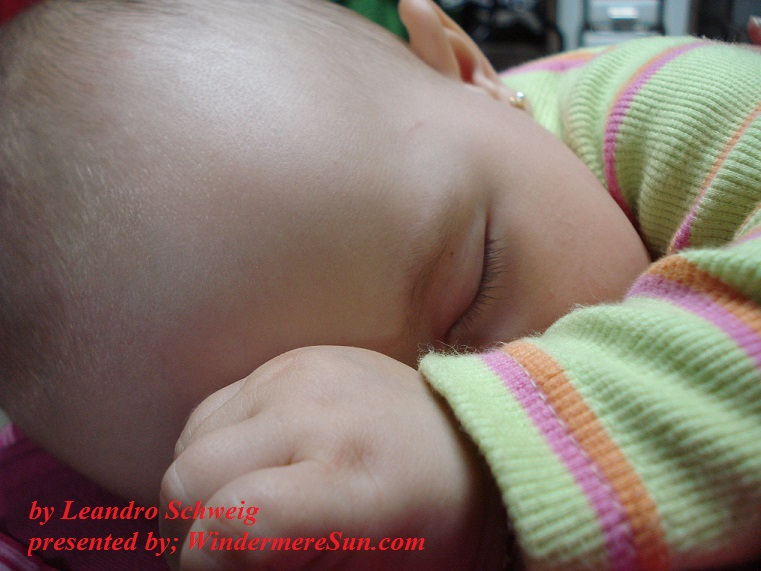 baby-sleep-1435130, freeimages, by Leandro Schweig final