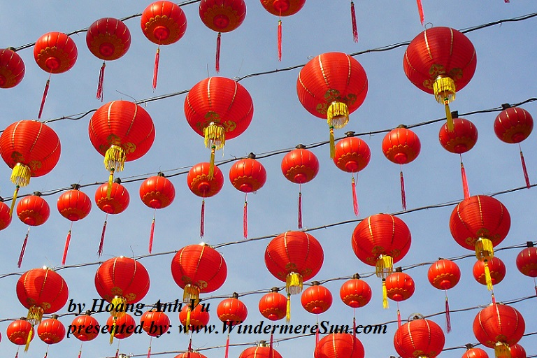 dangling-red-lanterns-1413887, freeimages, by Hoang Anh Vu final