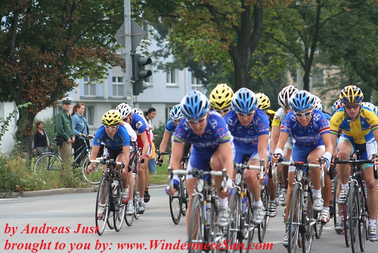 cycling-2005-in-nuernberg-3-1558197, freeimages, by Andreas Just final