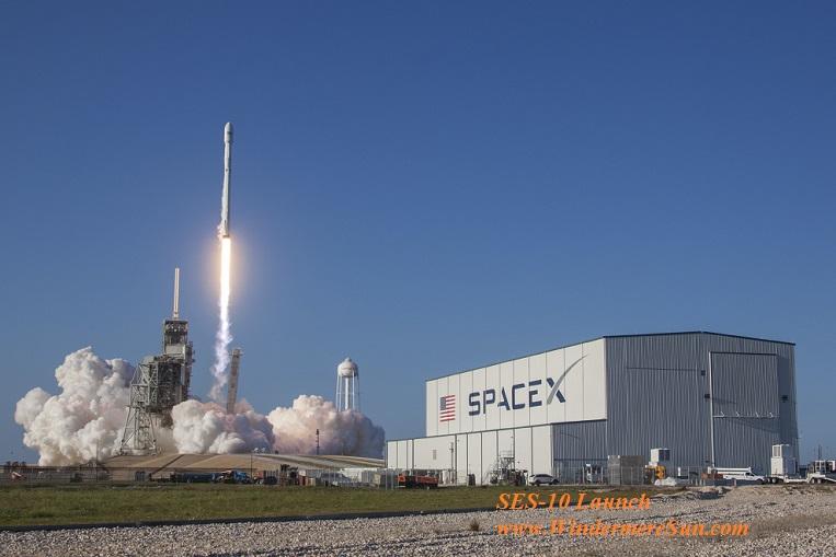 SES-10 Launch-33616913981_f04b6e2351_o final