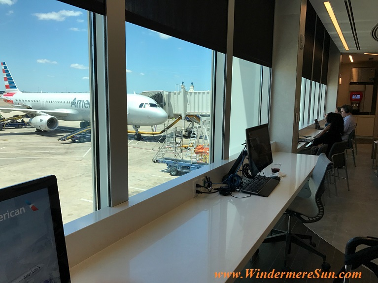 American Airline Admiral Club level 1-work area final