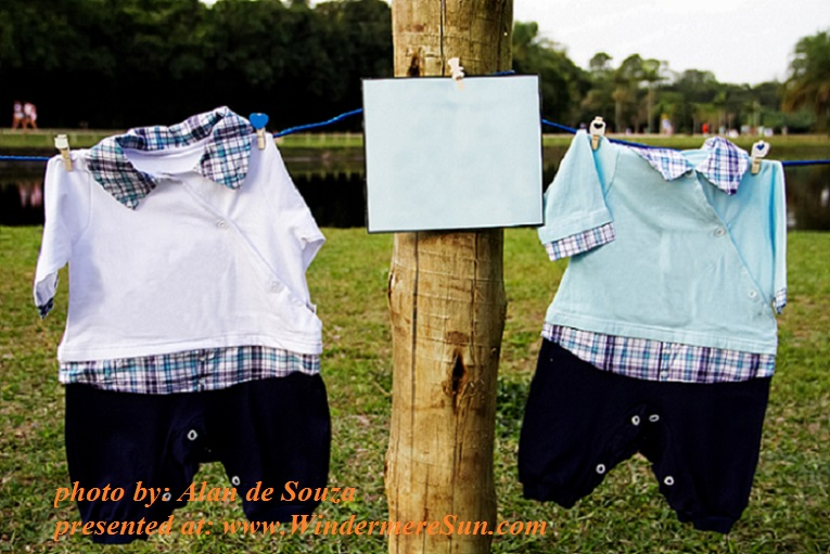 baby-clothes-1244231, by Alan de Souza final