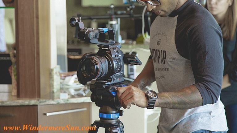 cameraman-pexels-photo-274959 final