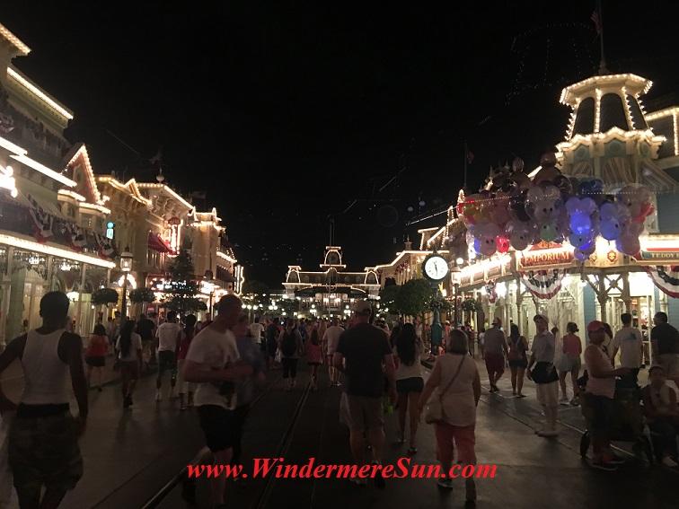 Disney-MagicKingdom-Main Street night 2 July4 final