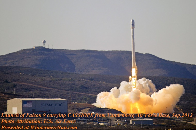 Launch_of_Falcon_9_carrying_CASSIOPE_(130929-F-ET475-012)final final