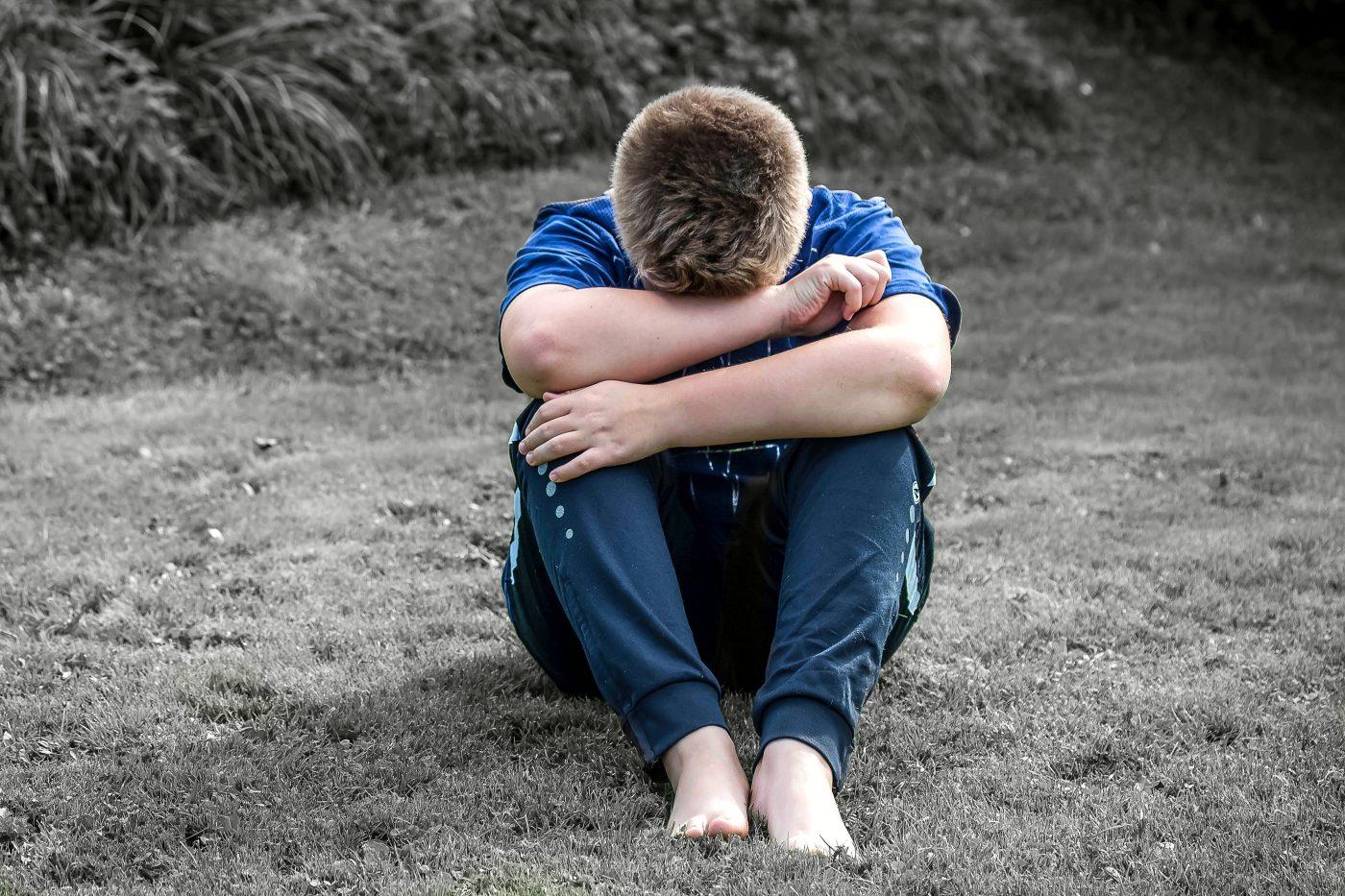 boy crying, pexels-photo-256658