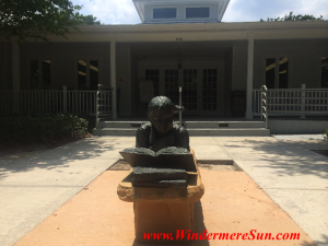 Windermere Library reader statue front (credit:Windermere Sun-Susan Sun Nunamamer)