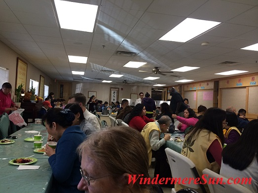 Sunday vegetarian lunches enjoyed by diverse group of people (photographed by Windermere Sun-Susan Sun Nunamaker)
