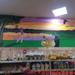 Trader Joe's-bread & golf mural (credit: Windermere Sun-Susan Sun Nunamaker)