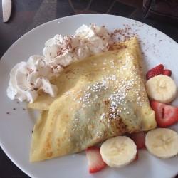 Le Cafe de Paris-Nutella banana and strawberry crepe