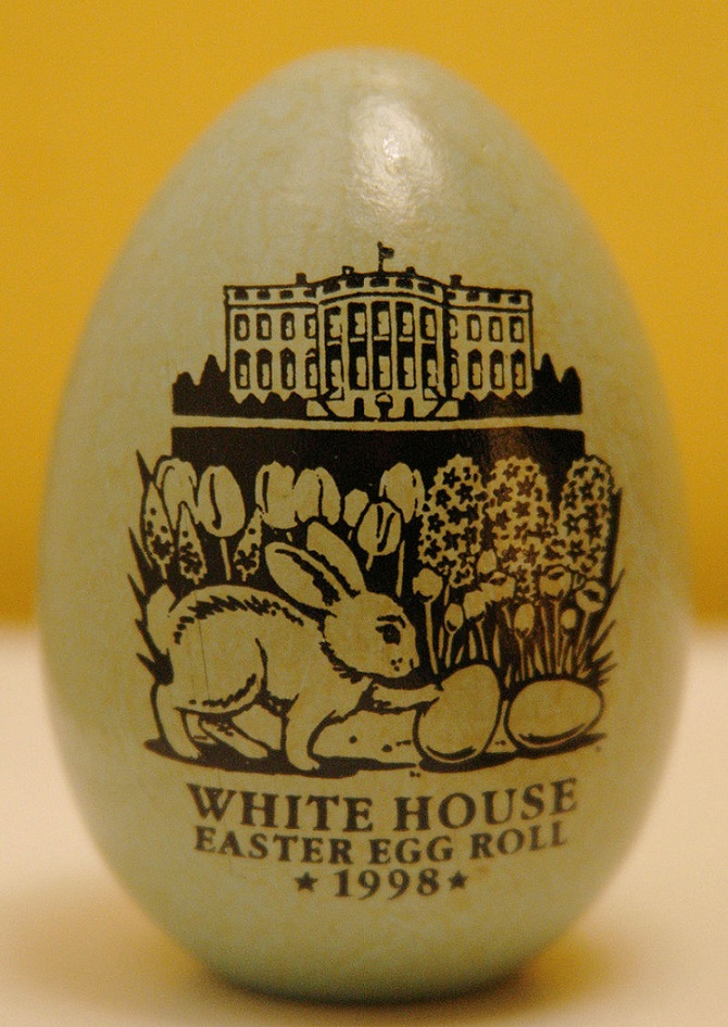 Easter-White_House_Easter_Egg_Roll, CC, Author dbking https:// www.flickr.com/people 65193799@ N00