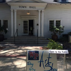 Art Show of Windermere Prep School in the Town Hall on April 8, 2016 (credit: Windermere Sun-Susan Sun Nunamaker)