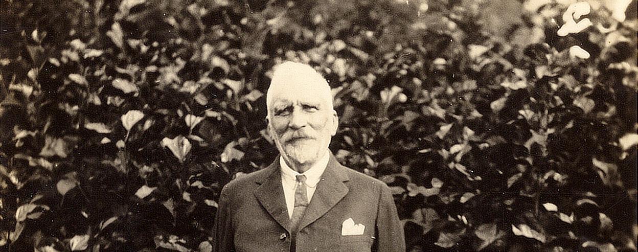 Dr. Henry Nehrling (credit: www.nehrlinggardens.org)