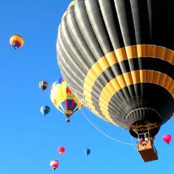 balloons-overhead-(credit: by switt)