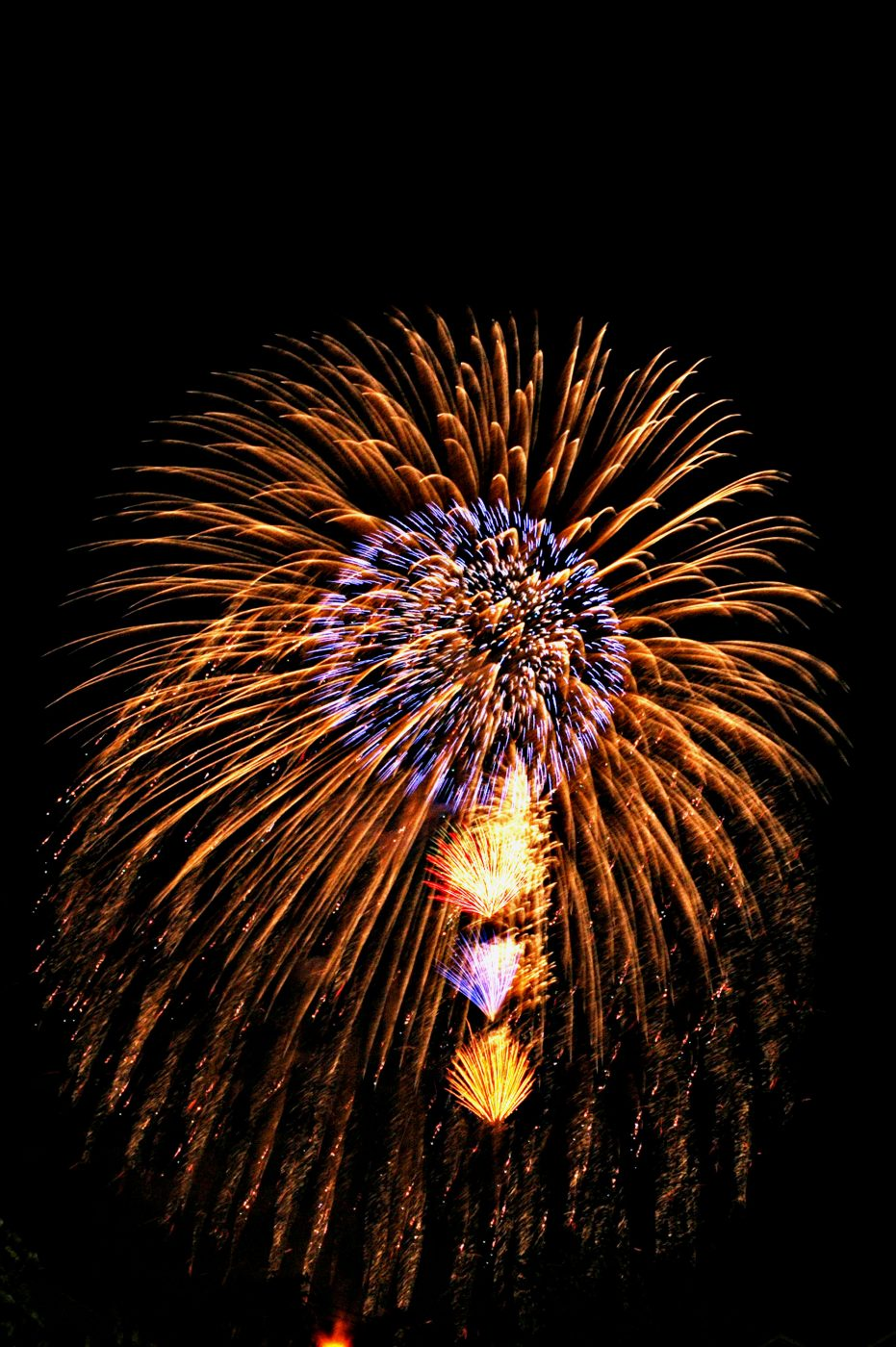 Firework, by Saifon Narongrat (brought to you by WindermereSun.com)