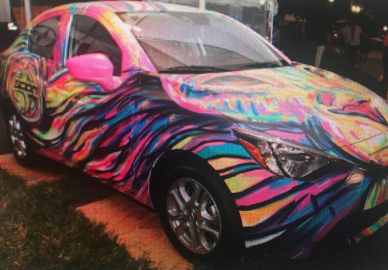 ARTlando's artful car
