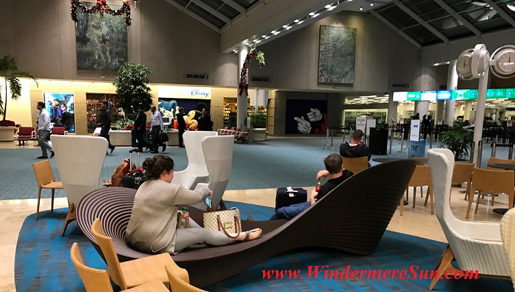 The curved seat at Orlando International Airport (credit: Windermere Sun-Susan Sun Nunamaker)