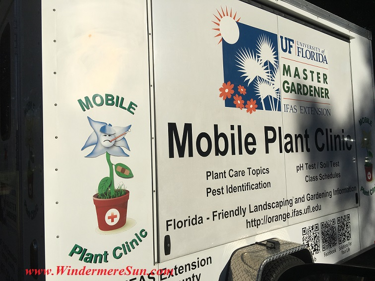 Mobile Plant Clinic of University of Florida at Windermere Treebute in Jan of 2016 (credit: Windermere Sun-Susan Sun Nunamaker)